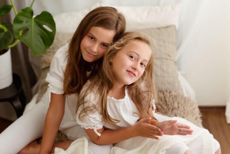 Read more about the article Sesje rodzinne w bieli – nowe studio